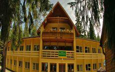 Hotel Bystrina**;