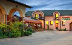 Hotel Flóra;